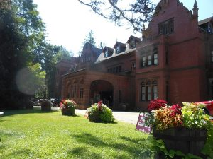 Gilded Age of the Berkshire House Tour and Victorian Tea Lunch @ Brookfield Senior Center | Brookfield | Connecticut | United States
